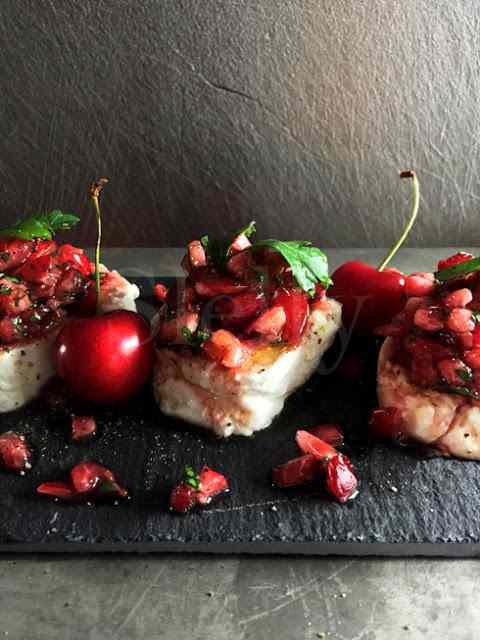 Ricetta: I tomini e la bellezza - tomini piemontesi con tartare di ciliegia bella di garbagna al miele e aceto balsamico