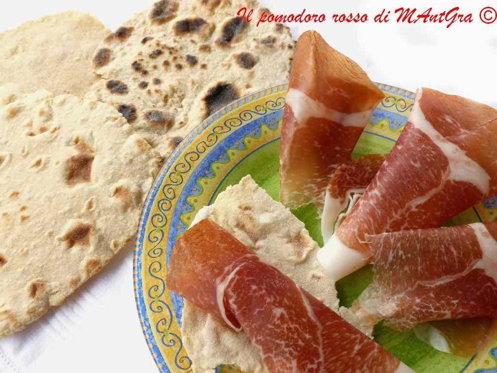 Ricetta: Pane azzimo di kamut e avena