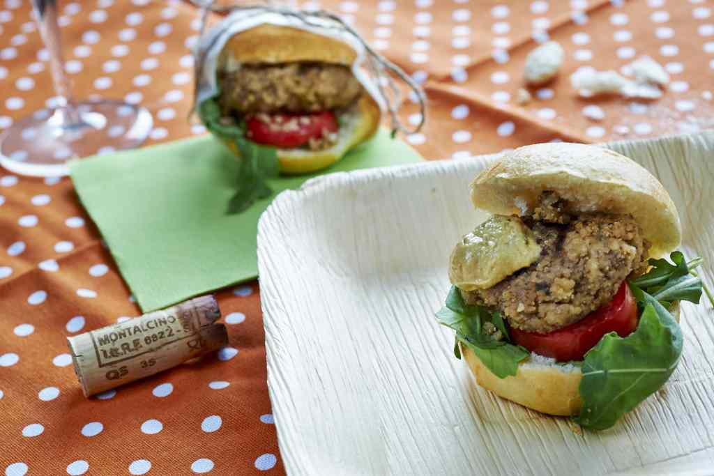 Ricetta: Burger di seitan e noci