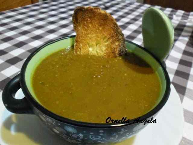 Zuppa di lenticchie speziata