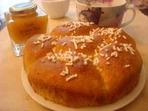 Ricetta: Torta di pan brioche leggera con lievito madre (ricetta per una colazione light ma gustosa)