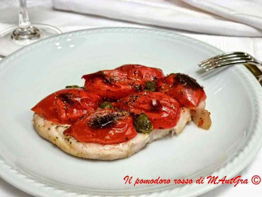 Ricetta: Verdesca al forno con pomodorini e capperi