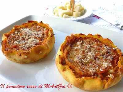 Ricetta: Tortine di zucca, porri e pecorino sardo dolce dop