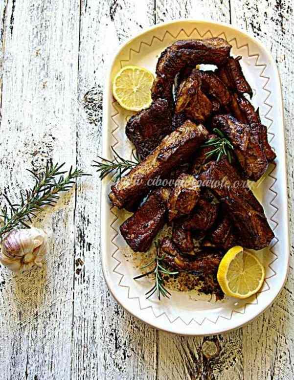 Costine di maiale brasate