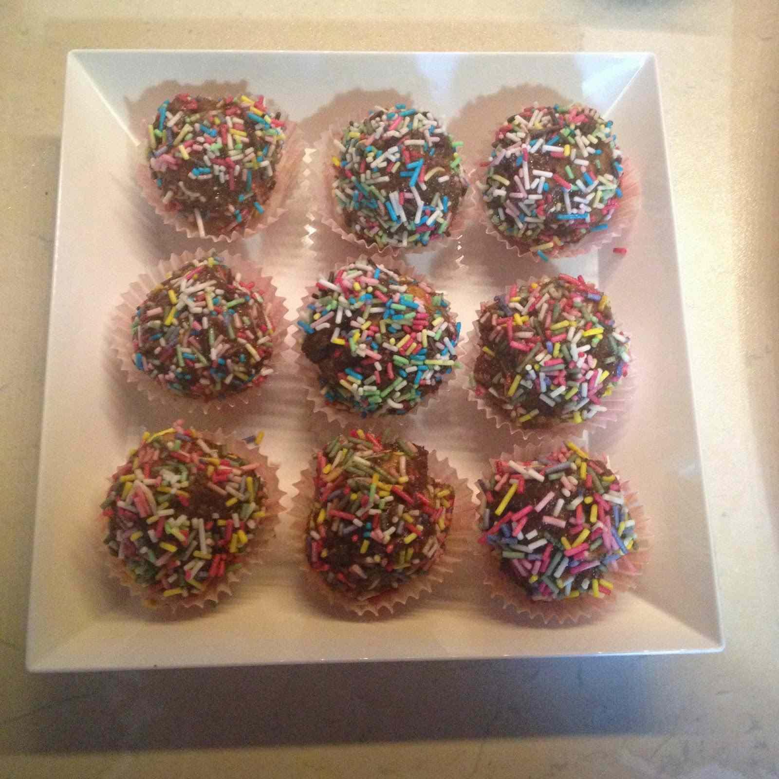 Ricetta: Palline golose di pan di spagna e cioccolato