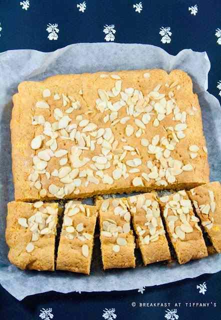 Ricetta: Torta integrale yogurt, miele e mandorle / wholemeal cake with yogurt, honey and almonds