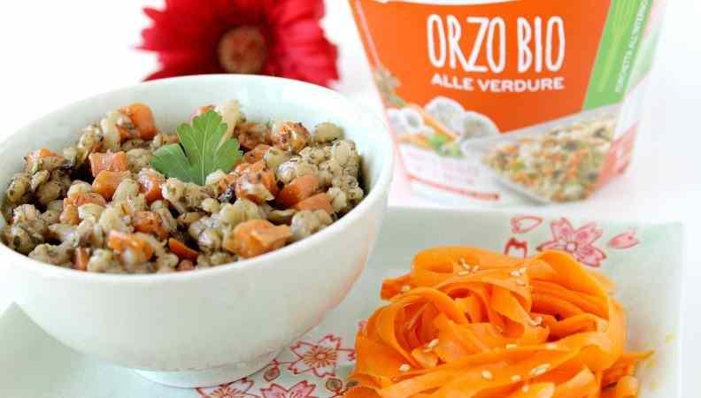 Ricetta: Orzo bio alle verdure con insalata di carote: benvenuta estate!