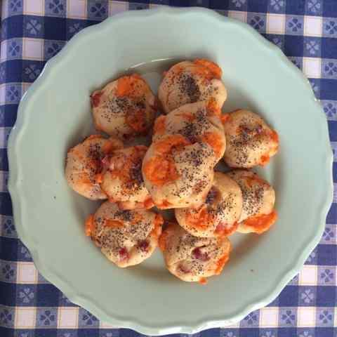 Ricetta: Mini muffin salati con semi di papavero