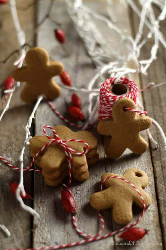 Pepparkakor: biscotti svedesi allo zenzero