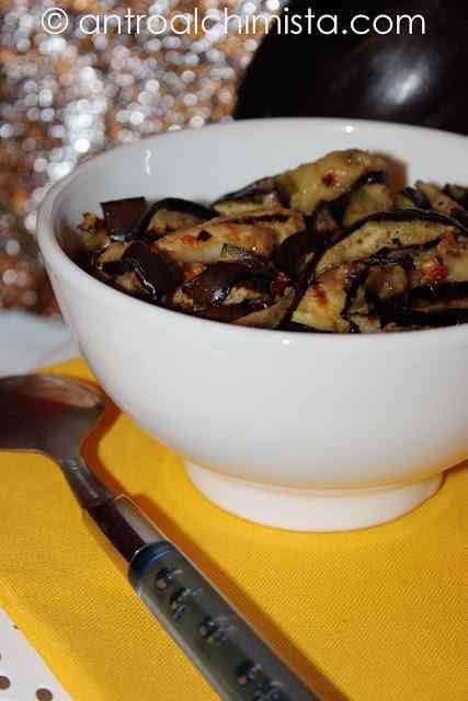 Ricetta: Melanzane Grigliate con Pate di Olive e Pomodorini