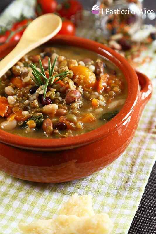 Ricetta: Zuppa di legumi e cereali
