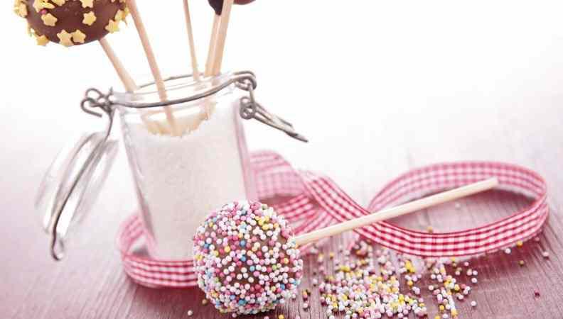 Ricetta: Cake pops, ideale per una festa di compleanno!