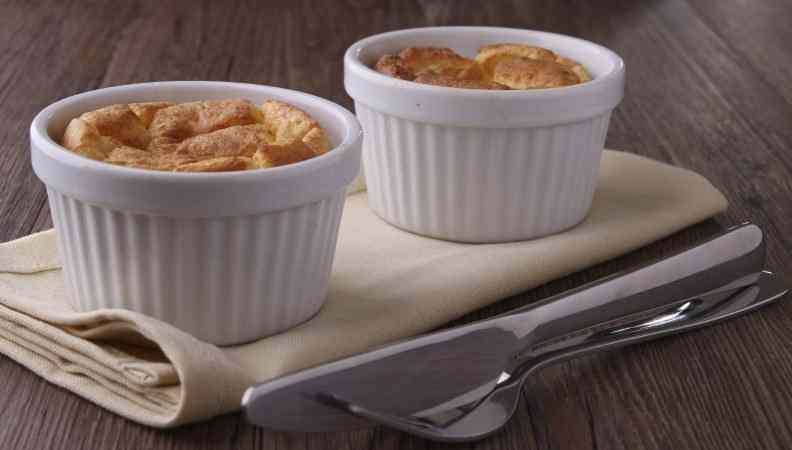 Ricetta: Souffle al parmigiano in cocotte e mangiare all\'italiana