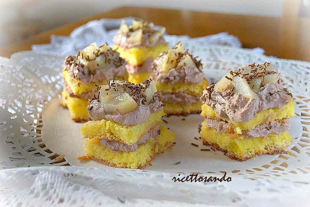 Ricetta: Tartine dolci con pandispagna  pere e mascarpone