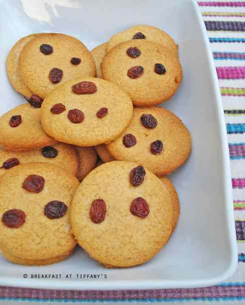 Ricetta: Biscottini al miele / honey cookies recipe