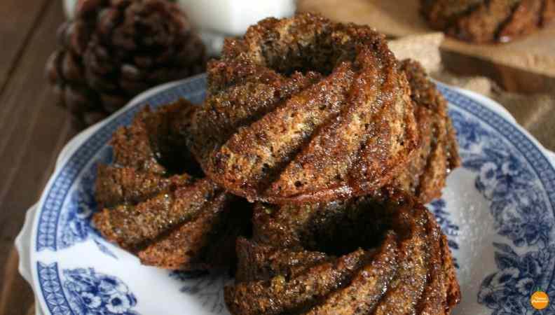 Mini bundt cake grano saraceno zucca e mandorle