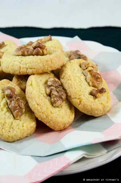 Biscotti con le noci / walnut cookies recipe