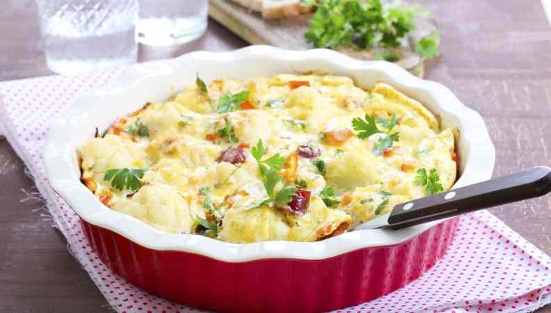 Ricetta: Crostata al cavolfiore e salsiccia, piatto unico che risolve tante situazioni