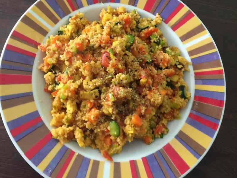 Ricetta: Cous cous con verdure, pollo e curcuma