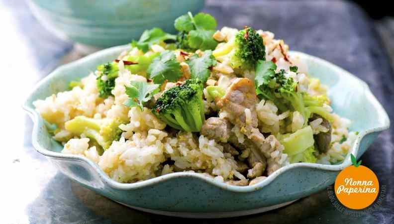 Riso integrale ai broccoletti, limoni e pollo alla griglia