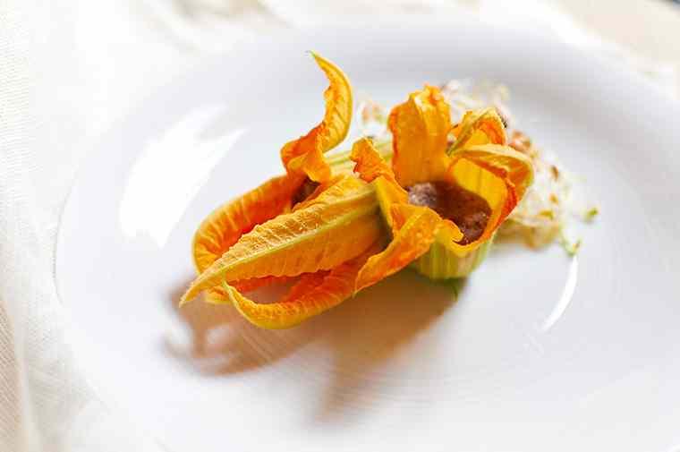 Ricetta: Fiori di zucchina alle olive