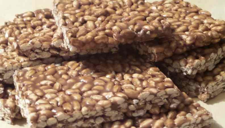 Ricetta: Barrette di riso soffiato - uno snack gustoso e naturale