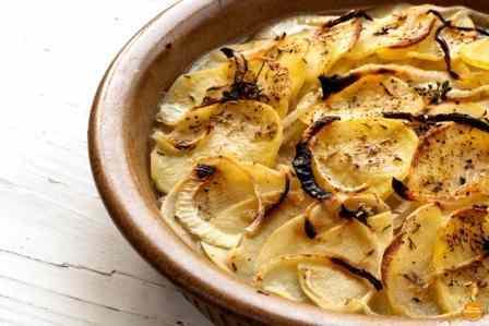 Gratin di patate e cipolle e anche la patata prende valore!!