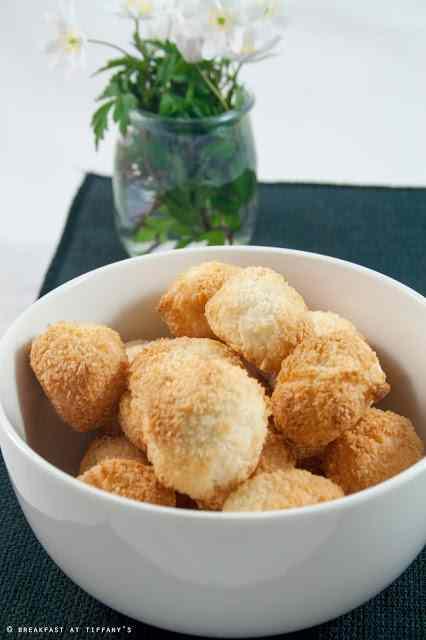 Ricetta: Biscottini al cocco senza burro / no-butter coconut cookies