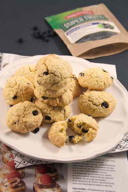 Ricetta: Biscotti con farina di avena e bacche di aronia