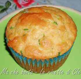 Ricetta: Muffin salati alle zucchine e provola
